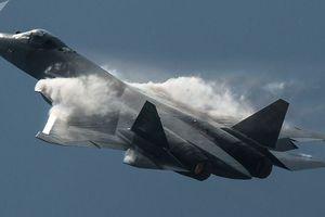 Hé lộ sự khác biệt của tiêm kích Su-57 so với F-22 và F-35