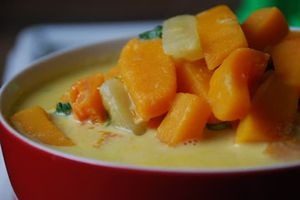 Cách làm bí đỏ hầm dừa thơm ngậy, bổ dưỡng