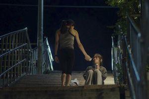Mô tả chân thực về những áp lực cuộc sống, công việc của giới nữ khiến phim LGBT 18+ của Hàn gây ấn tượng mạnh