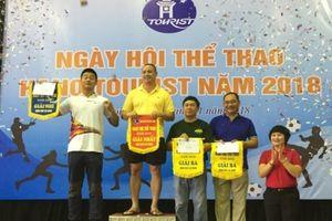 Tinh thần đoàn kết, gắn bó trong Ngày hội thể thao HanoiTourist 2018