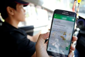 Tài xế Grab, Uber không đóng BHXH, cần sửa đổi Luật Lao động thế nào?