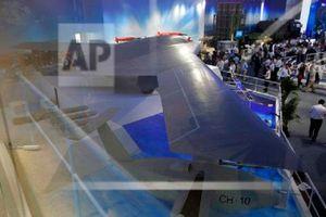 Báo Nga: Thách thức Mỹ, Trung Quốc có thể gắn AK-47 lên máy bay không người lái