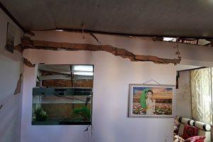 Sạt lở đất trong đêm, cả gia đình suýt mất mạng ở Lâm Đồng