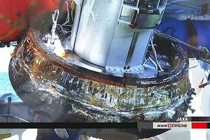 Nhật Bản lần đầu thu hồi thành công khoang tàu vũ trụ
