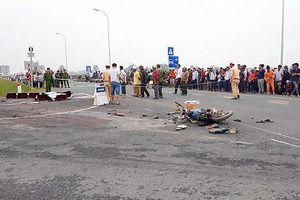 Thông tin mới nhất về vụ xe container lật đè chết 2 người ở huyện Ba Vì