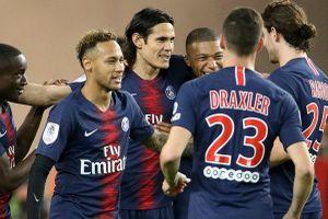 PSG hạ đẹp Monaco trong ngày Cavani và... VAR tỏa sáng