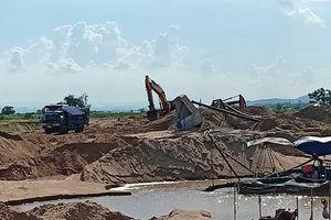 Tạm dừng khai thác mỏ cát ở Phú Yên nếu không khắc phục sai phạm