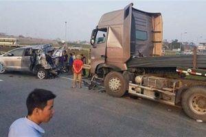 Đâm xe lùi trên cao tốc: Điểm mấu chốt vụ việc