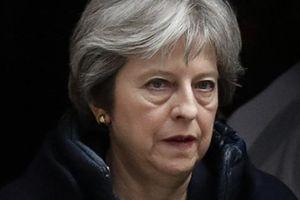 Thủ tướng Anh lộ ý đồ 'vừa đấm vừa xoa' với Nga
