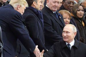 Ông Putin 'xoay trục' sang châu Á