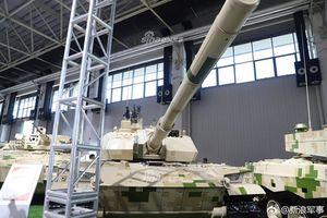 Xe tăng hạng nhẹ Trung Quốc đánh bại T-72 chỉ với pháo 105mm?