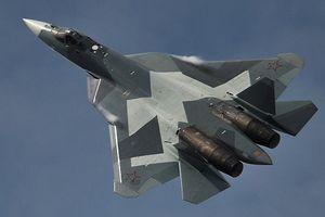 Chuyên gia Nga giải thích lý do chiến đấu cơ Su-57 ưu việt hơn F-22 và F-35
