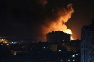 Dải Gaza 'bùng cháy': Israel nã tên lửa dữ dội, ám sát thủ lĩnh Hamas