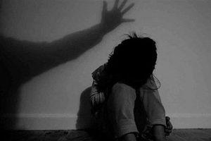 Điều tra vụ bé gái 7 tuổi bị bác rể hiếp dâm trong suốt 4 tháng