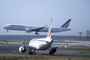 Khói tràn vào khoang, máy bay Air France chở 280 người hạ cánh khẩn