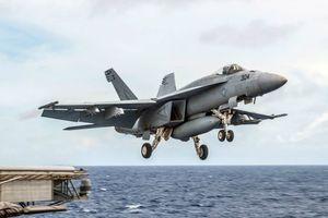 Tiêm kích F/A-18 Mỹ rơi xuống biển Philippines