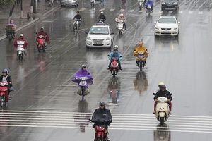 Hà Nội mưa dông, Nam Bộ nắng nóng