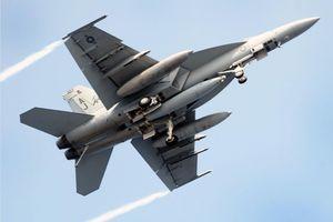 Máy bay chiến đấu F/A 18 Mỹ gặp nạn tại Nhật Bản