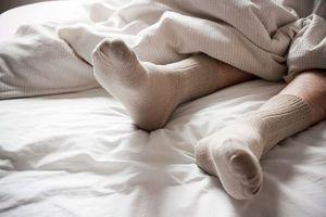 Lợi ích của việc đi tất ướt khi ngủ