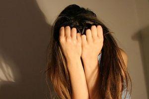 'Yêu râu xanh' 11 lần hiếp dâm 2 bé gái tiểu học
