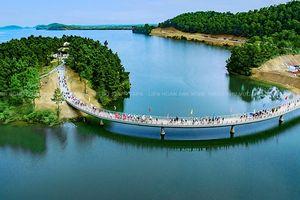 Hồ Kẻ Gỗ - 'Ốc đảo xanh' du lịch lý tưởng