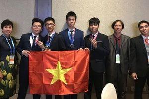 Việt Nam lần đầu tiên đoạt Huy chương Vàng Olympic về Thiên văn học quốc tế