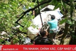 Xe buýt chở đội bóng thiếu niên lao xuống dốc núi ở Peru, 7 người thiệt mạng