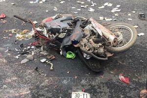Tai nạn nghiêm trọng tại Ba Vì (Hà Nội): Hai nạn nhân tử vong là mẹ con