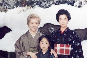 Cuộc sống của 3 nữ diễn viên đóng Oshin sau 35 làm 'điên đảo' sóng truyền hình