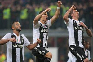 Clip: Ronaldo 'nổ súng' Juventus nhẹ nhàng 'bắn hạ' AC Milan