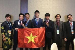Đoàn Việt Nam giành HCV kỳ thi Olympic Thiên văn học và Vật lý thiên văn
