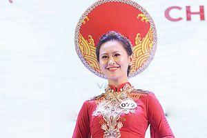 'Bông hồng thép' của Học viện Cảnh sát bất ngờ đăng quang Imiss Thăng Long 2018
