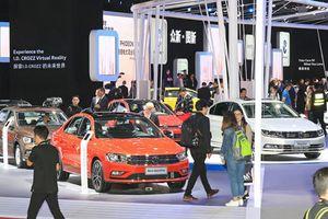 Thị trường ô tô Trung Quốc nguy cơ đứt mạch tăng trưởng sau 30 năm