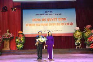 Học trò của giáo sư đoạt giải Nobel 2018 trở thành tân Hiệu trưởng Đại học Y Hà Nội