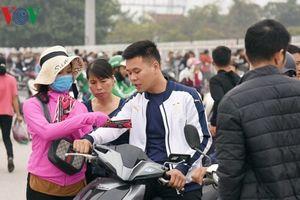 Khốn khổ mua vé xem ĐT Việt Nam - Malaysia: Bức xúc không đáng có!