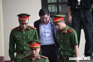Cựu Trung tướng Phan Văn Vĩnh đề nghị không công bố bản án trên cổng thông tin điện tử