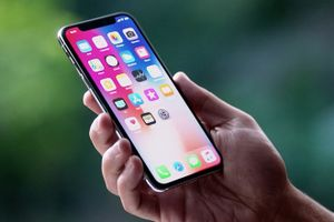 Apple thay thế miễn phí cảm ứng màn hình iPhone X bị kém nhạy