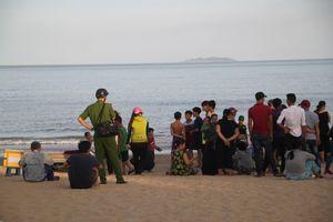 Phát hiện thi thể cô gái 20 tuổi bên bờ biển