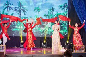 Á hậu Trịnh Kim Chi gây quỹ ủng hộ những nghệ sĩ neo đơn, hoàn cảnh khó khăn