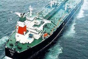 Iran chống trừng phạt Mỹ: Hải quân bảo vệ tàu chở dầu?