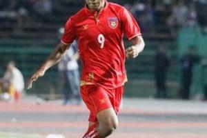 'Messi Myanmar' phải đá dự bị trước Campuchia vì... sợ Việt Nam