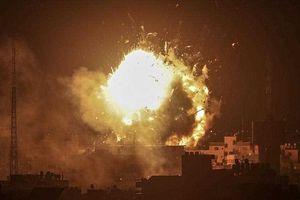 Israel dội bom đài truyền hình ở Gaza