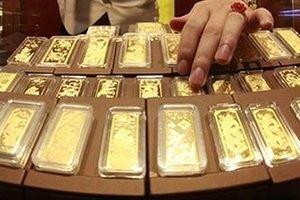 Giá vàng trong nước và thế giới tiếp đà 'chìm sâu'