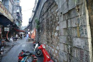 Cận cảnh các vòm cầu trăm tuổi sắp được đục thông trên phố Phùng Hưng