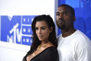 Vợ chồng Kim Kardashian thuê đội cứu hỏa riêng bảo vệ nhà 60 triệu USD