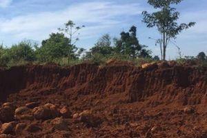 Chủ tịch xã bị đánh khi đi xử lý khai thác đất trái phép