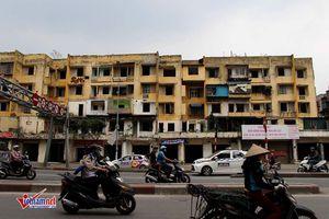 Xóa sổ chung cư hoang tàn trên 'đất vàng' Hà Nội