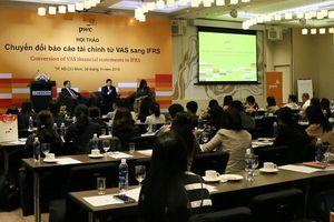 Vì sao các doanh nghiệp cần áp dụng chuẩn mực báo cáo tài chính quốc tế?