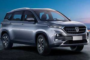 Chevrolet Captiva bất ngờ ra mắt thế hệ thứ 2: Xe Trung Quốc gắn mác Mỹ