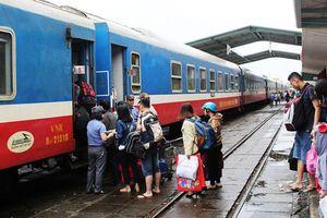 Sốt vé tàu Tết Nguyên đán chặng ngắn từ Nha Trang
